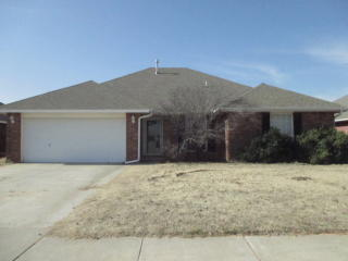 419 S Pointe Ln, Mustang, OK 73064