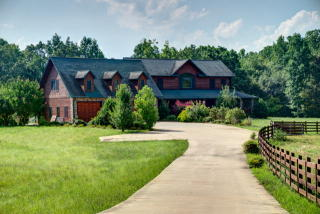 425 Sherwood Forest Drive, Hayesville NC