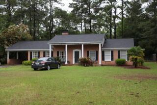 113 N Edgewood Dr, Statesboro, GA 30458