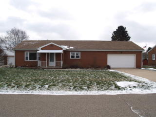 1842 Clearview St SE, East Sparta, OH 44626