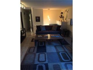 3 Woodhaven Dr, Portland, CT 06480