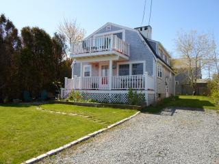 34 Carman Ave, Sandwich, MA 02563