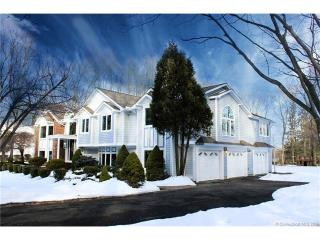 17 Green Acres Lane, Trumbull CT