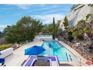 1477 Stebbins Ter #GH, Los Angeles, CA 90069