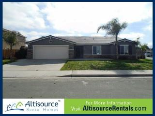 1255 W Muir Way, Hanford, CA 93230