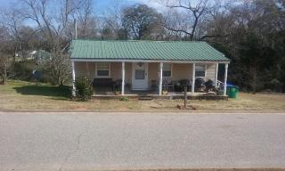 123 Henderson Ave, Troy, AL 36081