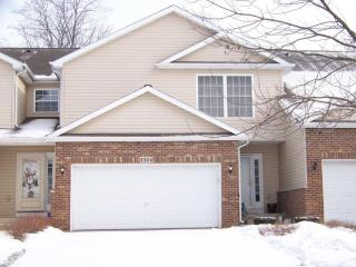 1514 Scarlett Way, Woodstock, IL 60098