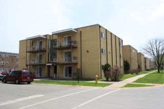 14101 S School St #1C, Riverdale, IL 60827