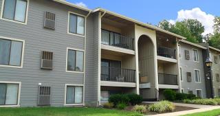 1500 Honey Grove Dr, Richmond, VA 23229