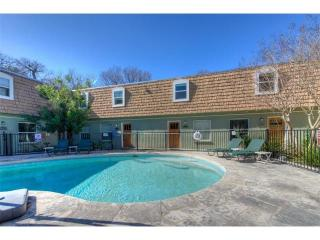 1500 East Side Drive #101-B, Austin TX