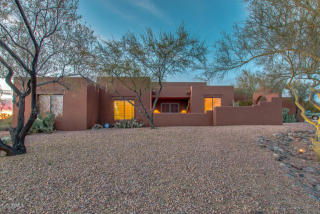 9516 Romping Rd, Carefree, AZ 85377