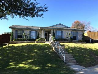 1816 Post Oak Ln, Carrollton, TX 75007
