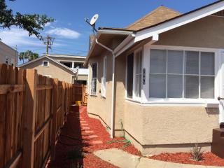 1449 Elm Ave #D, Long Beach, CA 90813