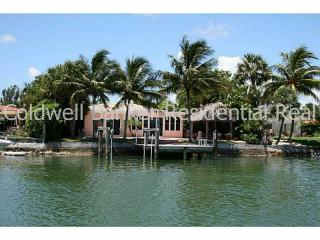 251 N Shore Dr, Miami Beach, FL 33141