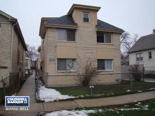 5327 S 73rd Ave #4, Summit, IL 60501