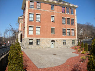 162 McLean Ave #2D, Yonkers, NY 10705