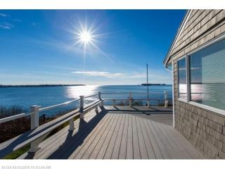 17 Briar Cliff Road, Harpswell ME