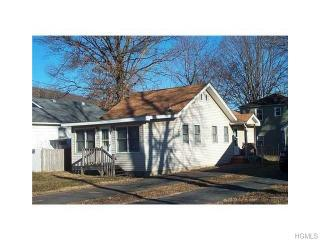 8 Chestnut St, Greenwood Lake, NY 10925