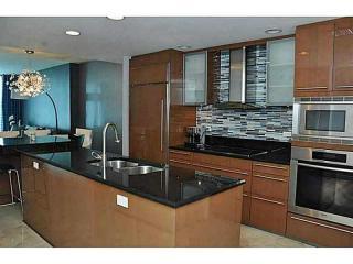3801 Collins Ave, Miami Beach, FL 33140