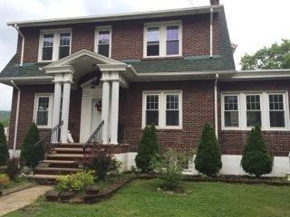 406 Center St, Jim Thorpe, PA 18229