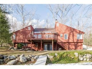 55 Chevas Road, Avon CT