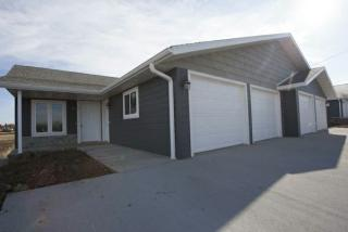1436 30th Ave, Rock Valley, IA 51247