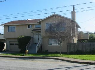 400 Vermont Ave, Moss Beach, CA 94038