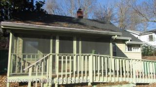 414 W State St, Black Mountain, NC 28711