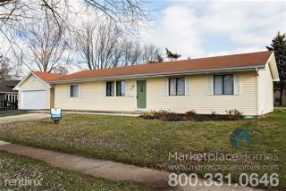 881 Northampton Dr, Crystal Lake, IL 60014