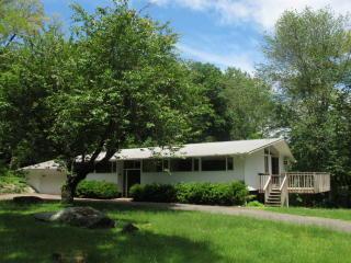 56 Hickory Kingdom Rd, Bedford, NY 10506