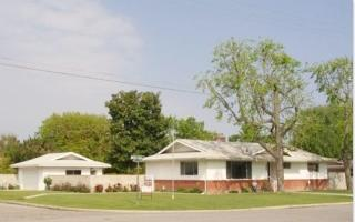 405 Maple St, Shafter, CA 93263
