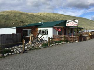 106 Main St, Bearcreek, MT 59007