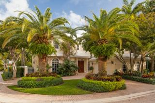 42 Grand Bay Estates Circle, Key Biscayne FL