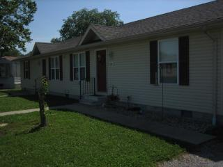 15 Meadowbrook Ln, West Frankfort, IL 62896