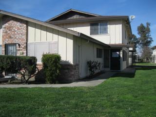 2919 Toyon Dr #2, Stockton, CA 95203