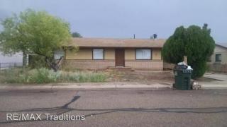 304 Anita Dr, Holbrook, AZ 86025