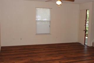 115 S Frio St #H, Lockhart, TX 78644
