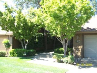 1032 Southridge Dr, Auburn, CA 95603