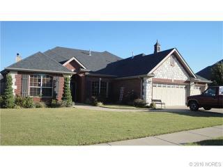 5722 Woodland Rd, Bartlesville, OK 74006