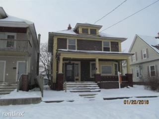 1129 Muskegon Ave NW, Grand Rapids, MI 49504