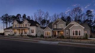 Piazza at Stonewater by Standard Pacific Homes