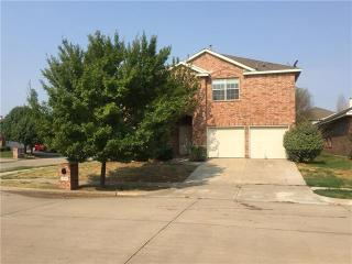 210 Bayberry Drive, Mansfield TX