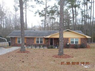 101 Azalea Ln, Reidsville, GA 30453