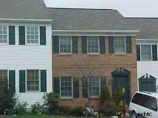 480 Robin Hill Circle, York PA