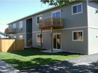 1316 Gregory Ave #2, Sunnyside, WA 98944