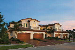 Jupiter Country Club - Carriage Homes by Toll Brothers