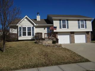 2507 S 24th St, Leavenworth, KS 66048