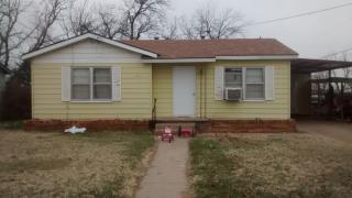 1041 N 3rd Ave, Munday, TX 76371