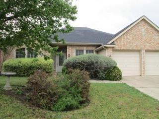 6716 Spring Valley Way, Fort Worth, TX 76132