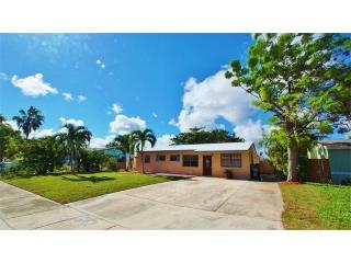 5951 NE 6th Ter, Fort Lauderdale, FL 33334